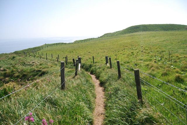Headland Way, Cat Nab