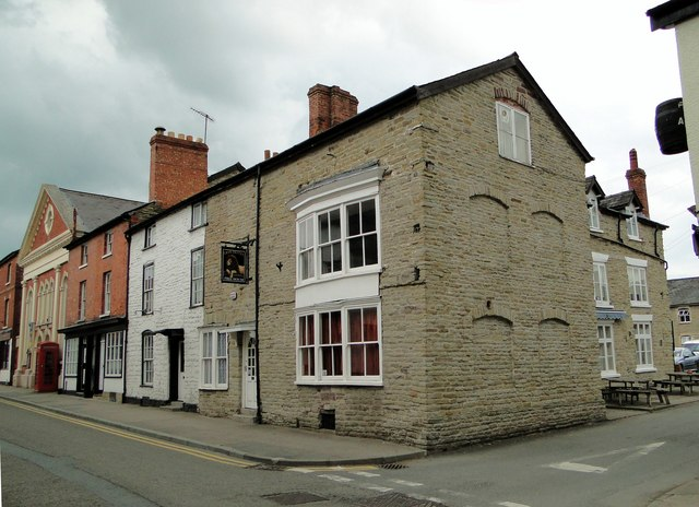 Lion Hotel, Kington
