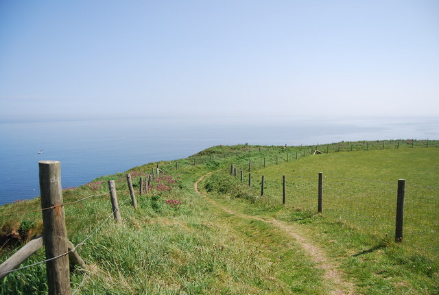Headland Way: eastward