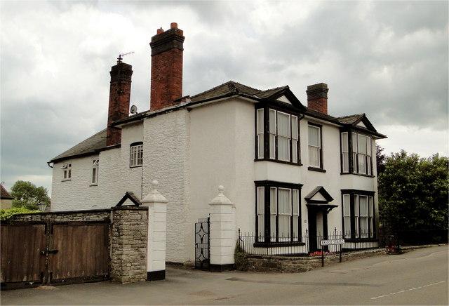 35 Bridge Street, Kington