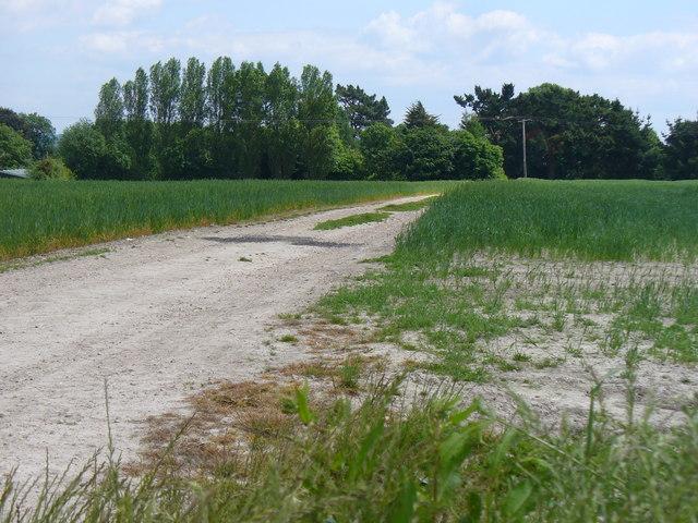 Footpath to Wheatley