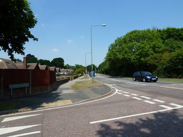 Junction of Homemead Road and Blackbrook Lane