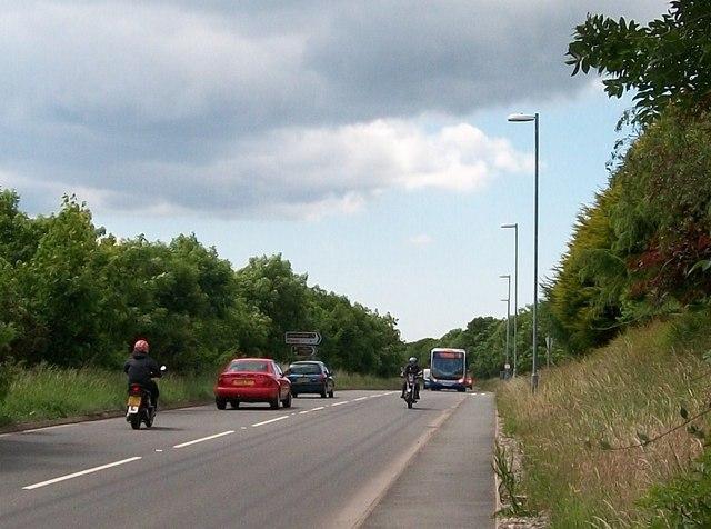 The busy A497 near the western turnoff for Llanystumdwy