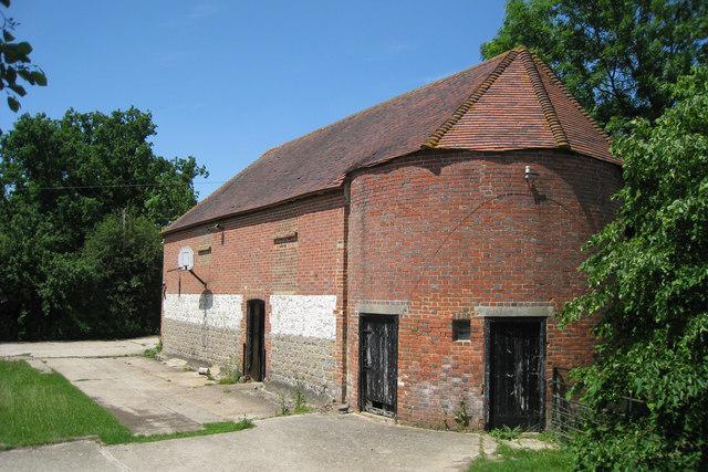 Oast House at Upper Little Boy Court Farm, Boy Court Lane, Headcorn, Kent