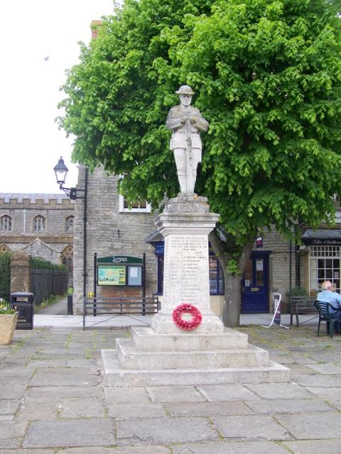War memorial, Somerton