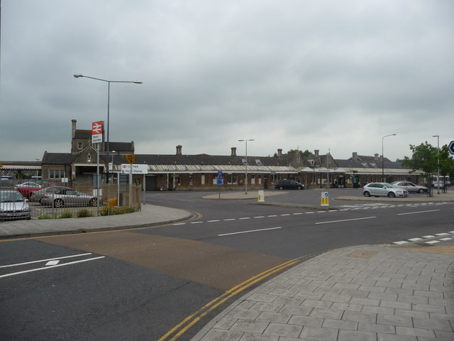 Weston-Super-Mare : Station Approach & Railway Station