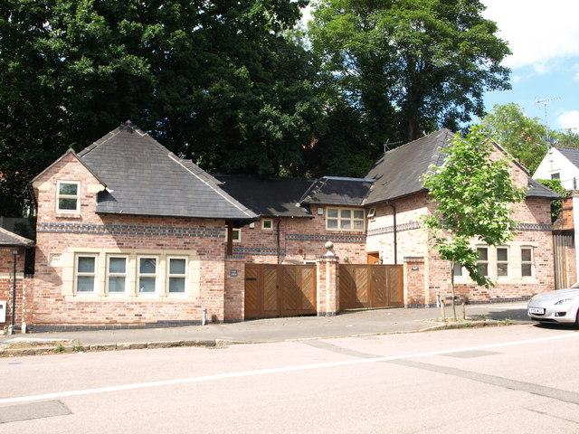 Modern house on Lenton Road