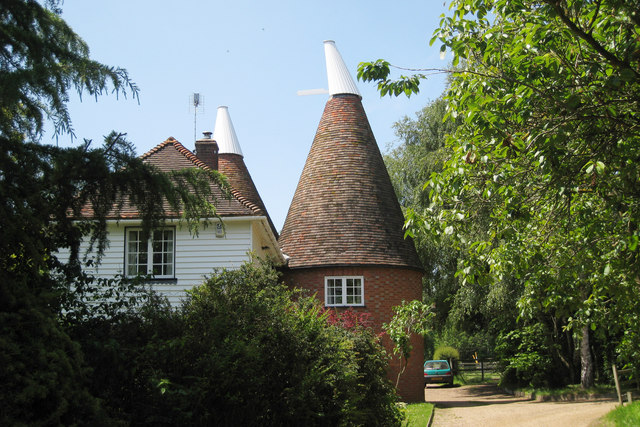 White willow oast ulcombe road oast house archive for The headcorn minimalist house kent