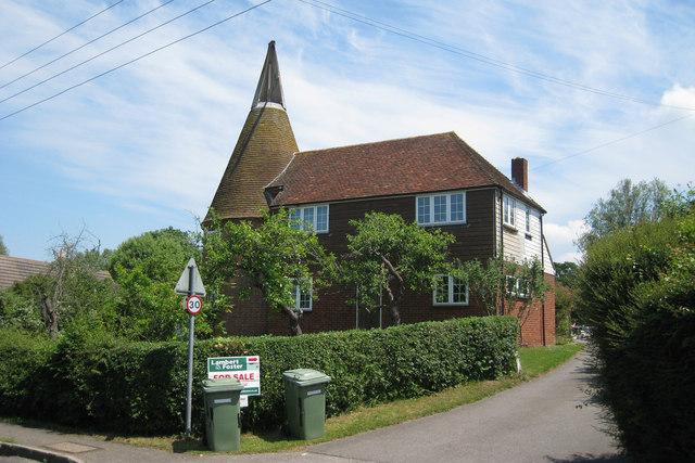 Charity Oast, Headcorn Road, Frittenden, Kent