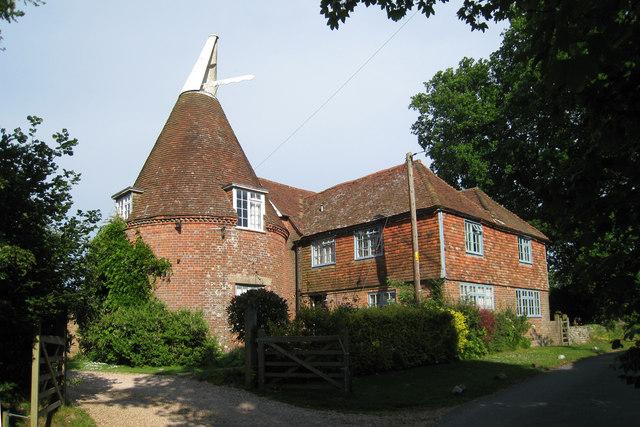 Wattle Hill Oast, Beacon Lane, Staplecross, East Sussex