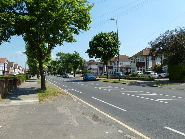 Approaching a school in Southborough Lane