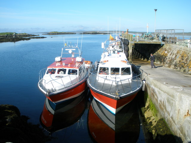 Boats waiting to leave for St Kilda