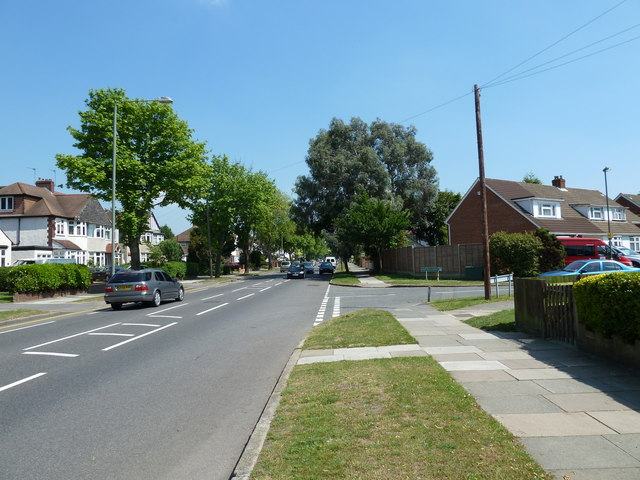 Approaching the junction of Southborough Lane and Fontwell Drive