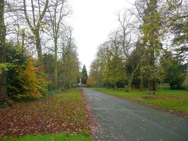 Driveway to the church, Elford
