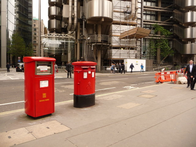 London: postbox №s EC3 308 and 309, Leadenhall Street