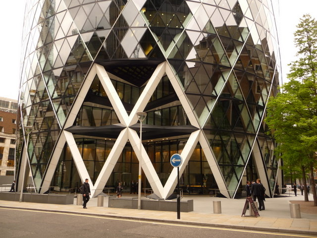 London: entrance to the Gherkin