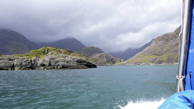Eilean Reamhar from the motor boat from Elgol
