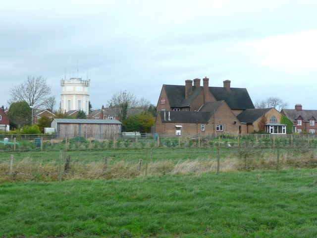 The Cock Inn and a water tower, Hanbury