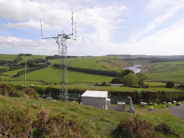Mobile phone mast near Staylittle/Penffordd-Las
