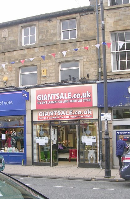Giant Sale Co - Kirkgate