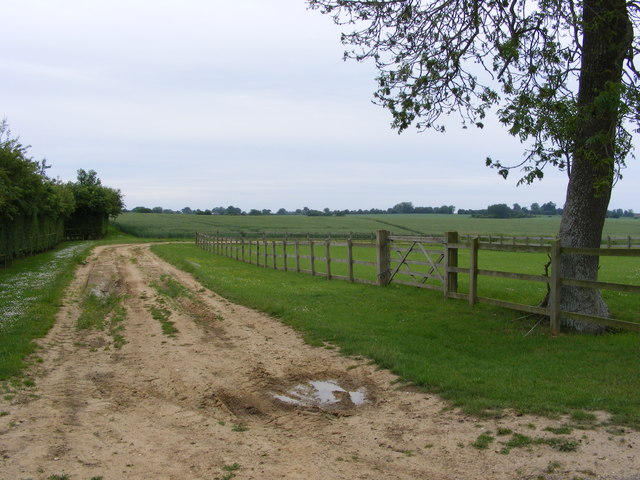 Farm track by the Manor House