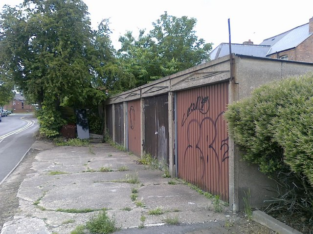 Garages at the end of Union Street