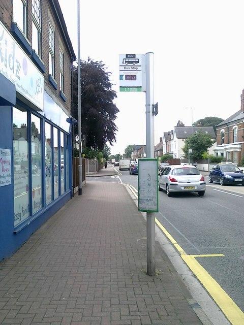 Bus stop on Queen's Road