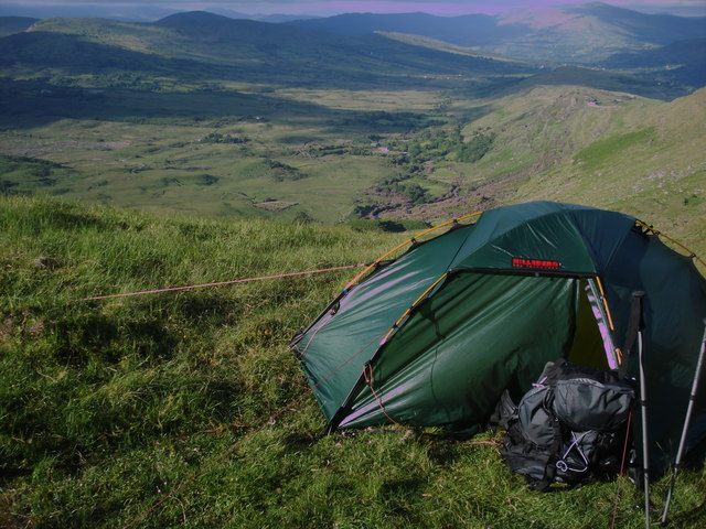 Cosy camp below north side of ridge.