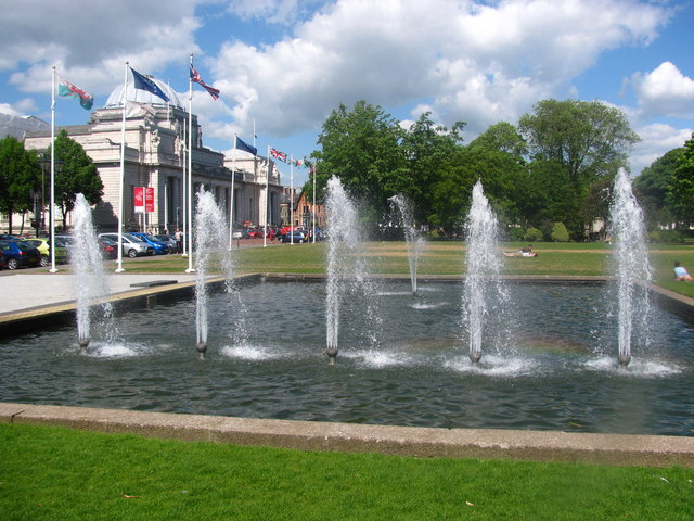 Museum and Fountains