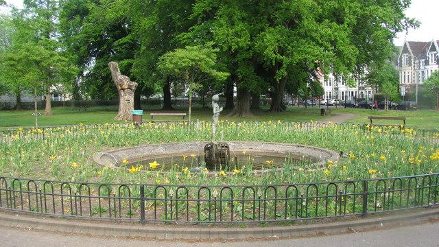 Peter Pan Memorial Statue