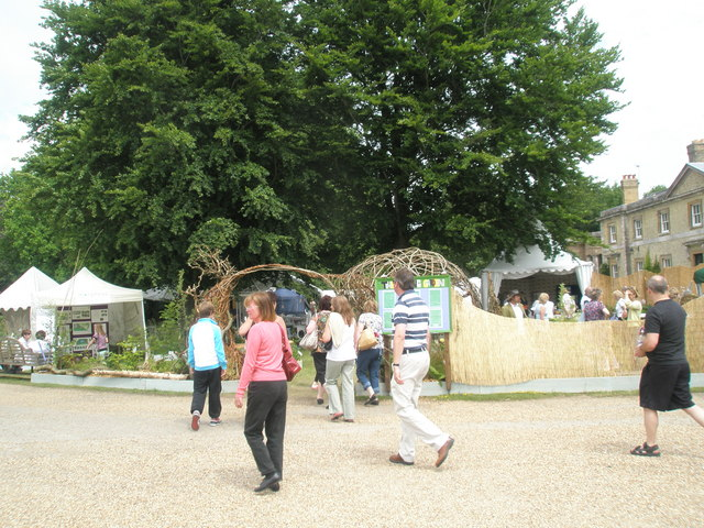 2010 Stansted House Garden Show (17)