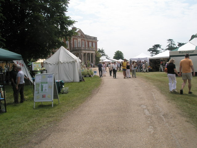 2010- Stansted House on Garden Show Day (16)