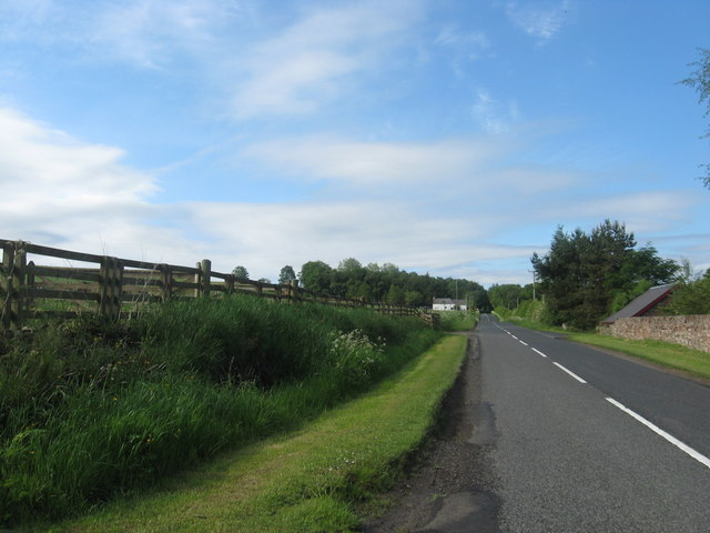 Road passing Easter Fodderlee