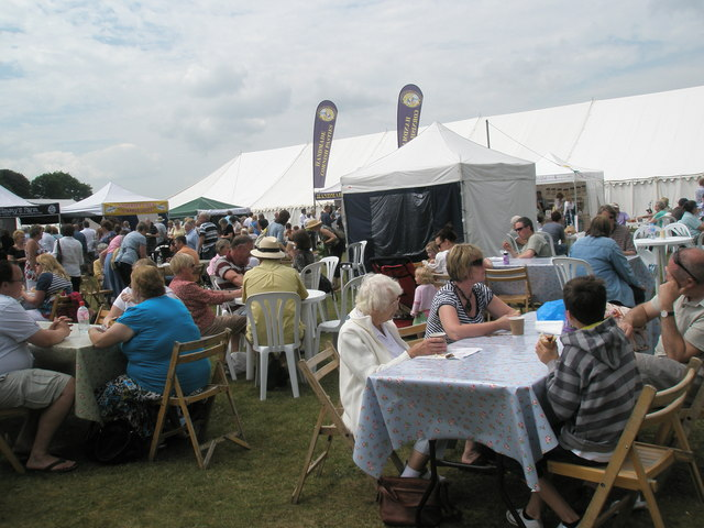 """Time for a """"cuppa"""" at the 2010 Stansted House Garden Show"""