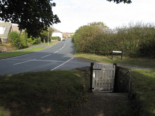 St John the Baptist, Cayton - churchyard gate