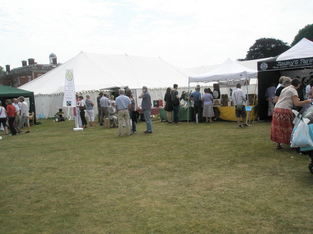2010 Stansted House Garden Show (30)