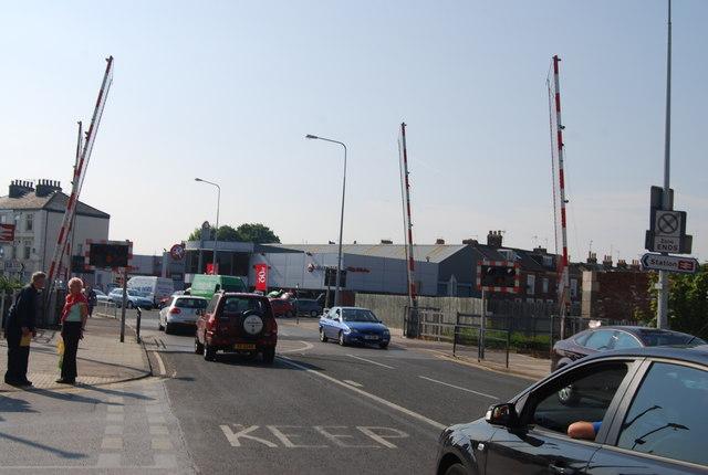 Level Crossing, Quay Rd