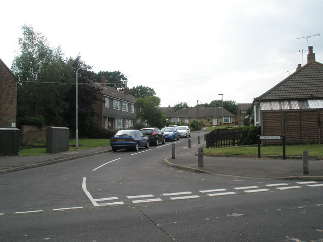 Looking from Hamble Lane into Cowan Road