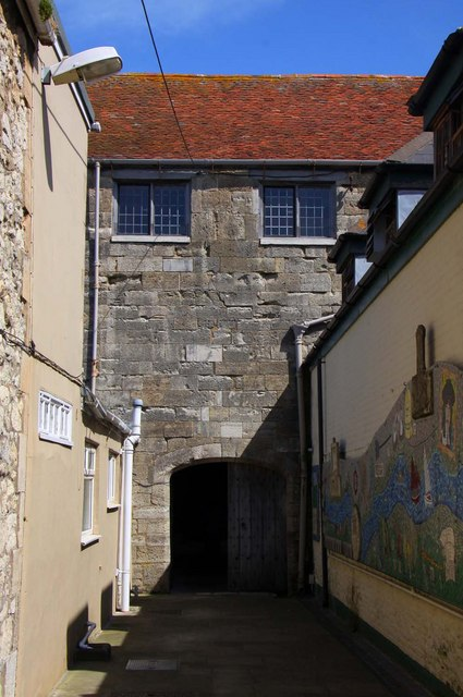 The entrance to Yarmouth Castle