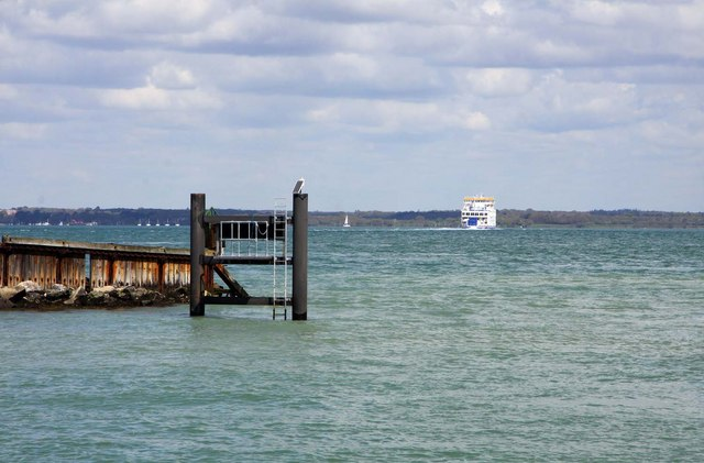 Yarmouth Harbour entrance