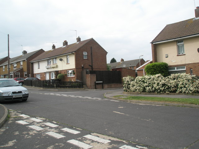 Looking from Hamble Lane across Vian Road towards Beresford Close