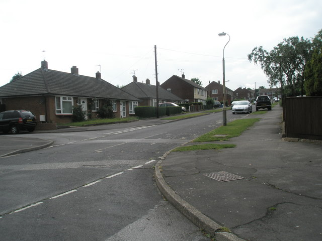 Looking from Kelly Road towards bungalows in Vian Road