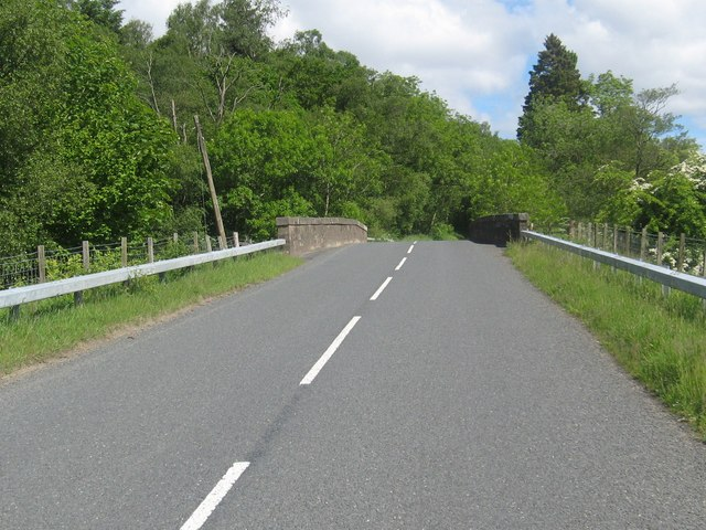 The B6357 heading over the Hewis Bridge