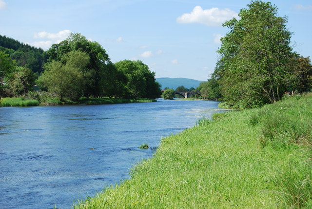 Looking upstream near Pont Corwen