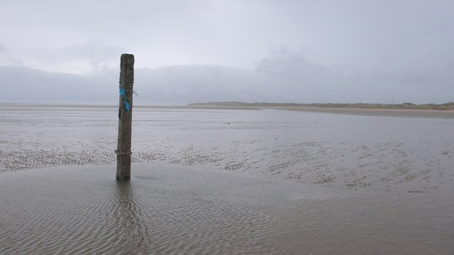 Post south of Formby Point