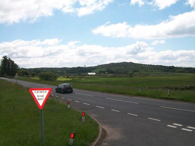 The A487 from the Garndolbenmaen western turnoff