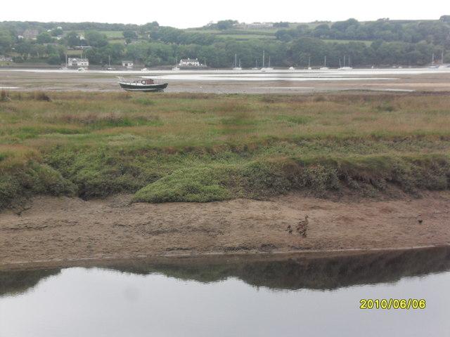 Afon Nodwydd at Red Wharf Bay