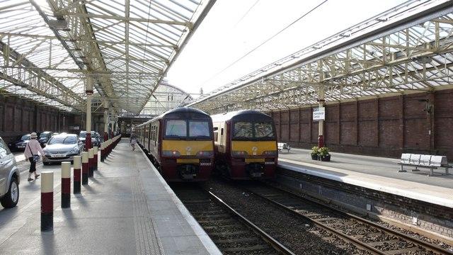 Main platforms at Helensburgh Central station