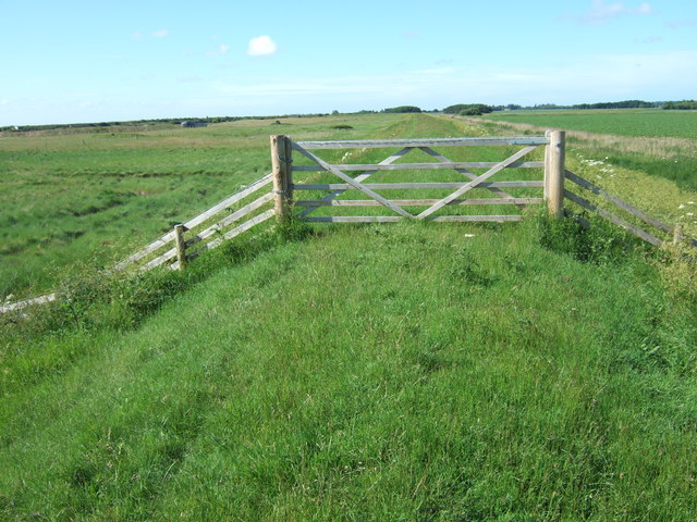 Gate on the inner sea bank