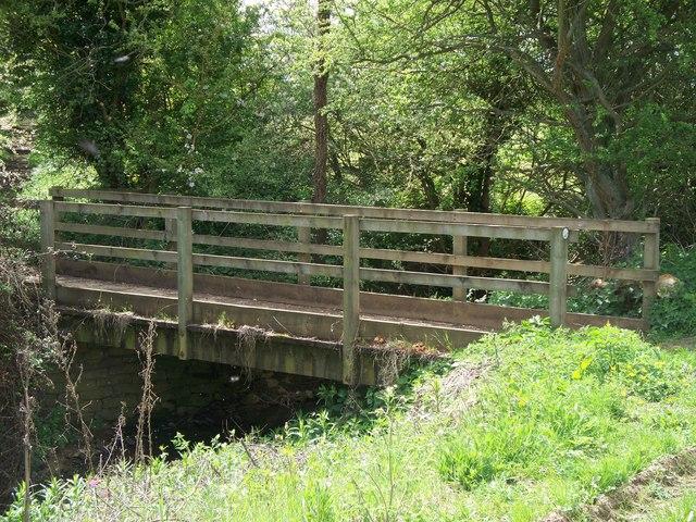 Bridge over Westcote Brook